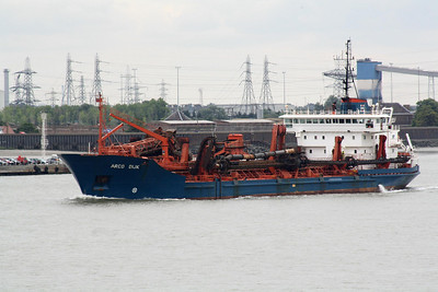 THAMES SHIPPING