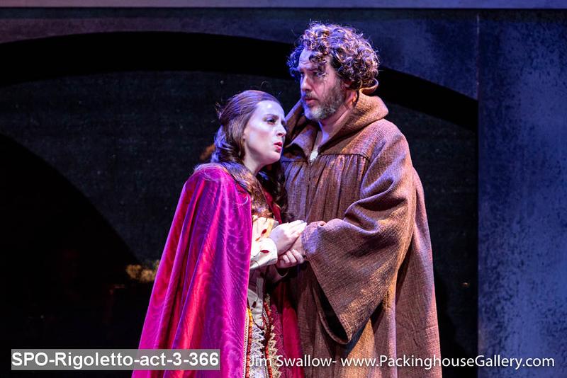 SPO-Rigoletto-act-3-366.jpg