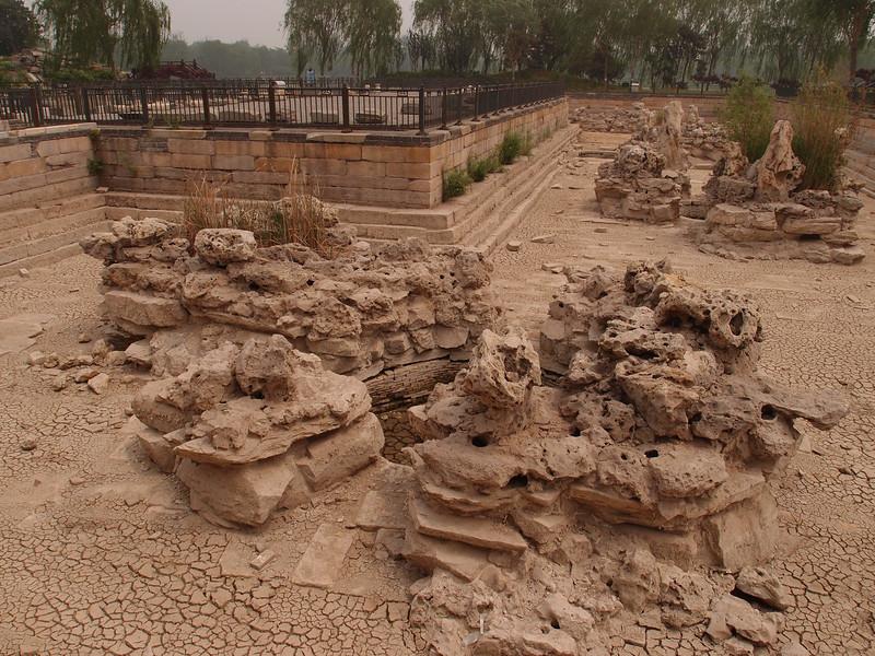 20120513_1149_0319 YuanMingYuan. Western side of park. Former fishponds.