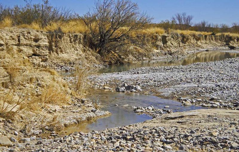 Terlingua-creek-banks-4.jpg
