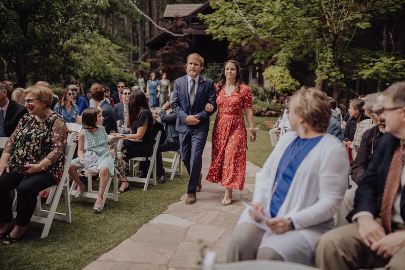 2018-05-12_ROEDER_JulieSeth_Wedding_ROEDER1_0092.jpg