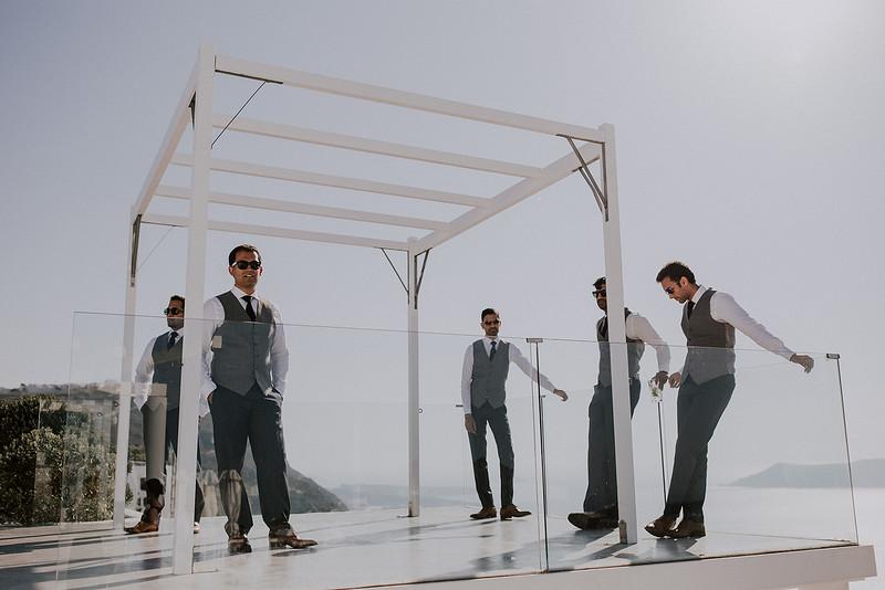 Tu-Nguyen-Destination-Wedding-Photographer-Santorini-Rocabella-Hotel-Euna-Ehsan-246.jpg