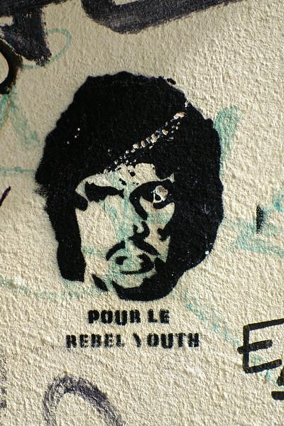 pour le rebel youth - partout