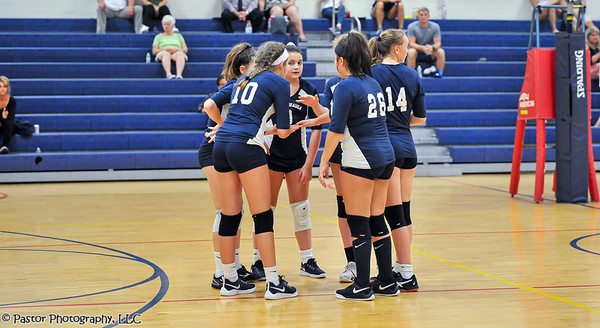 7th Grade Volleyball action