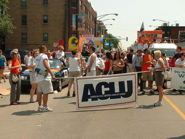 Pride Parade 2001-129.jpg