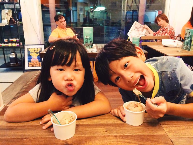 Neighborhood hippy ice-cream shop