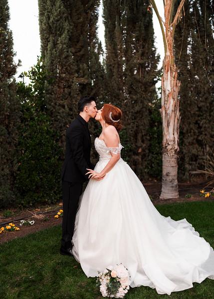 Alexandria Vail Photography Wedgewood Fresno Wedding Alexis   Dezmen607.jpg