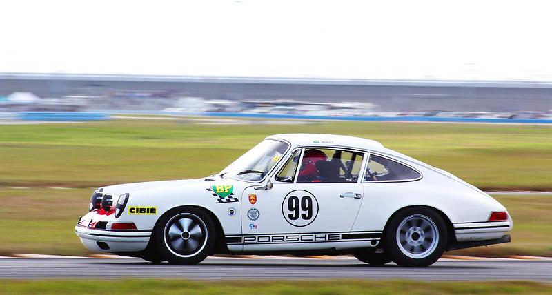 Classic24-2014_#4108-#99-Porsche911.jpg