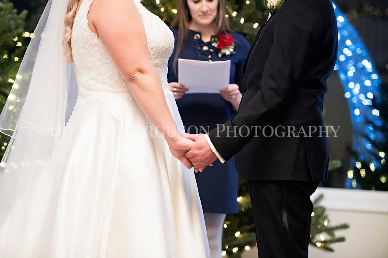 Hillary_Ferguson_Photography_Melinda+Derek_Ceremony084.jpg