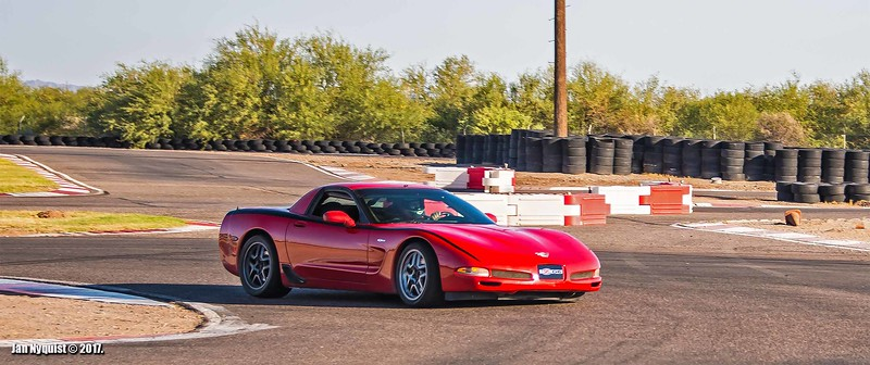 Corvette-red-black-stripe-4891.jpg