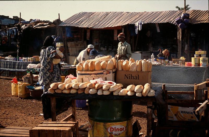 roadside stand between Bamako and Djenne