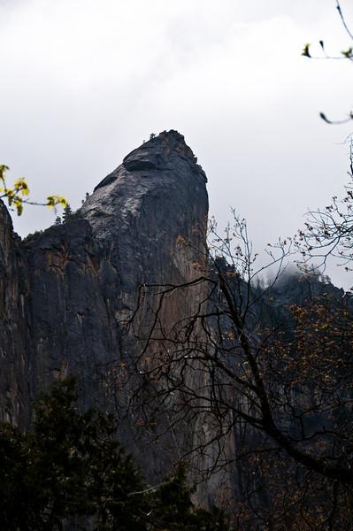 Spire close to Bridal Veil Fall Pic près de la chute du voile de la mariée