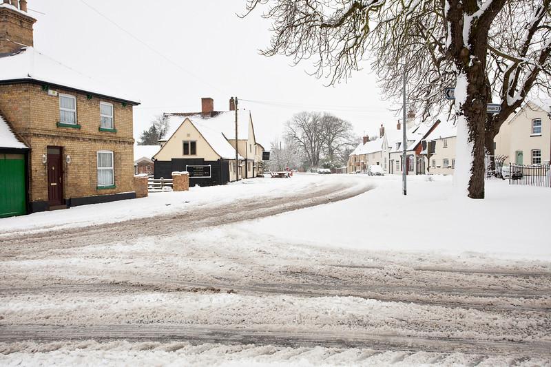 Spaldwick in the snow_4988904935_o.jpg