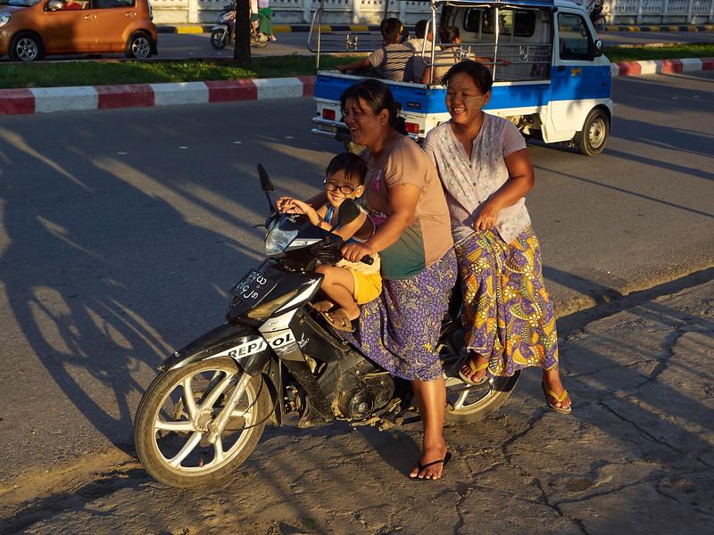 Mandalay 2015 18.jpg