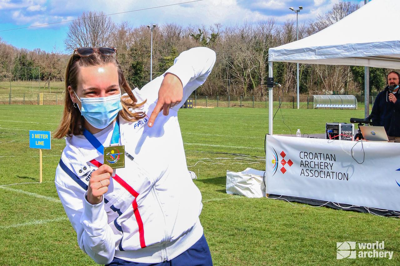 Lisa Barbelin celebrates winning gold at the European Grand Prix in Porec in 2021.