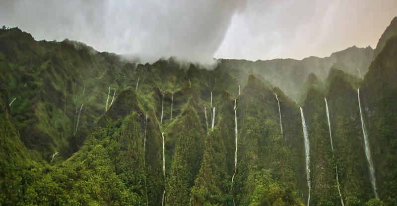 Trey Ratcliff - Hawaii - A Thousand Waterfalls.jpg
