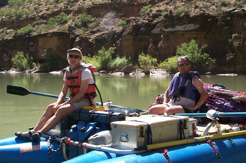 Paul and Jo Ann on Raft   (Jun 07, 1999, 10:57am)