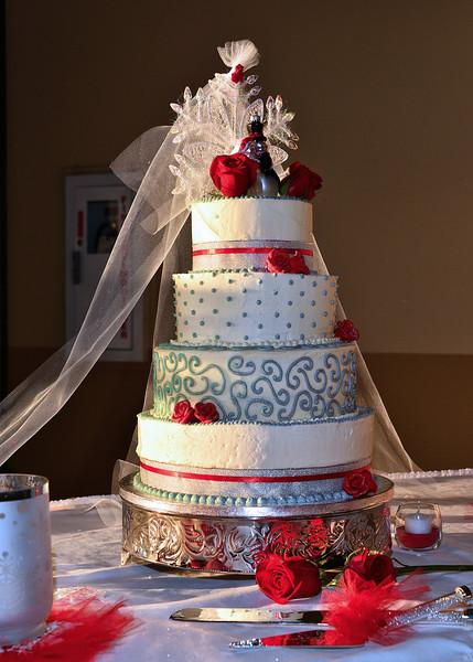 NEA_6155-5x7-Cake-Cool.jpg