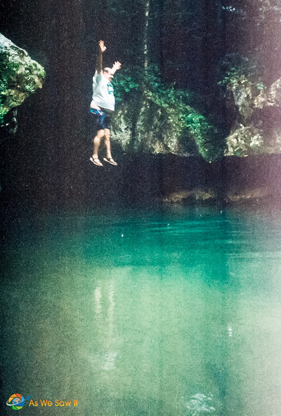 Belize Cave Tubing (9)015.jpg