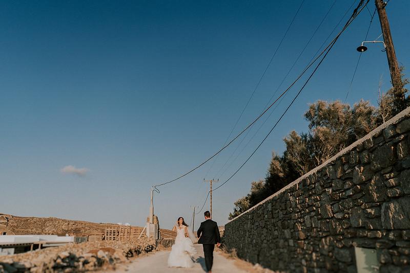 Tu-Nguyen-Destination-Wedding-Photographer-Mykonos-Katherine-Benji-377-394.jpg