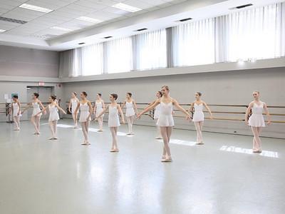 Ballet Class Level 4, Summer Session 2010 (video)