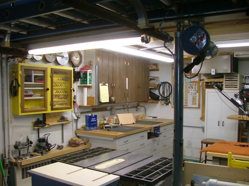 OMG What a workshop adjacent to the garage!