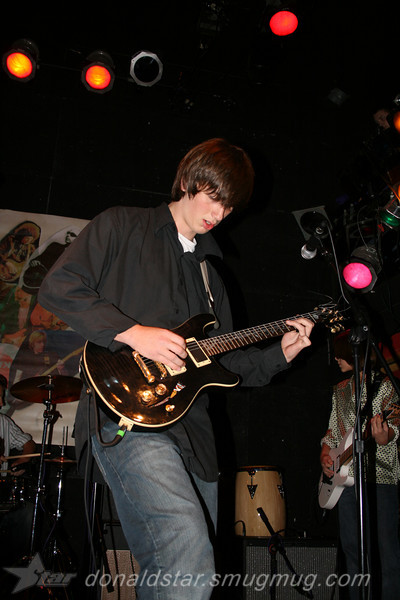 Paden Mullins Guitar at the 8 by 10 baltimore 2007 054.JPG