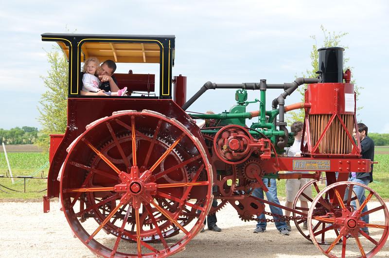 tractorcranking2016-0730.jpg