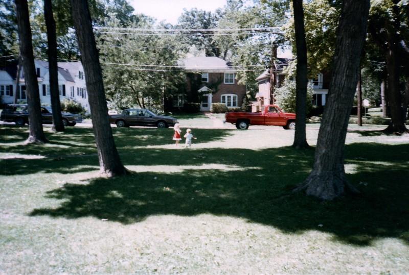 1985_Summer_Norfolk_Greg_and_Summer_Lisle_Pics_0020_a.jpg