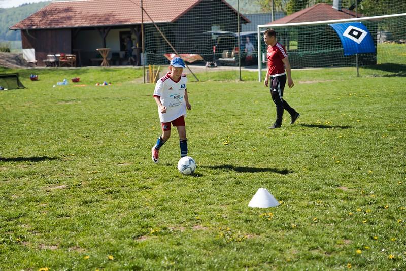 hsv-fussballschule---wochendendcamp-hannm-am-22-und-23042019-y-7_32787662947_o.jpg