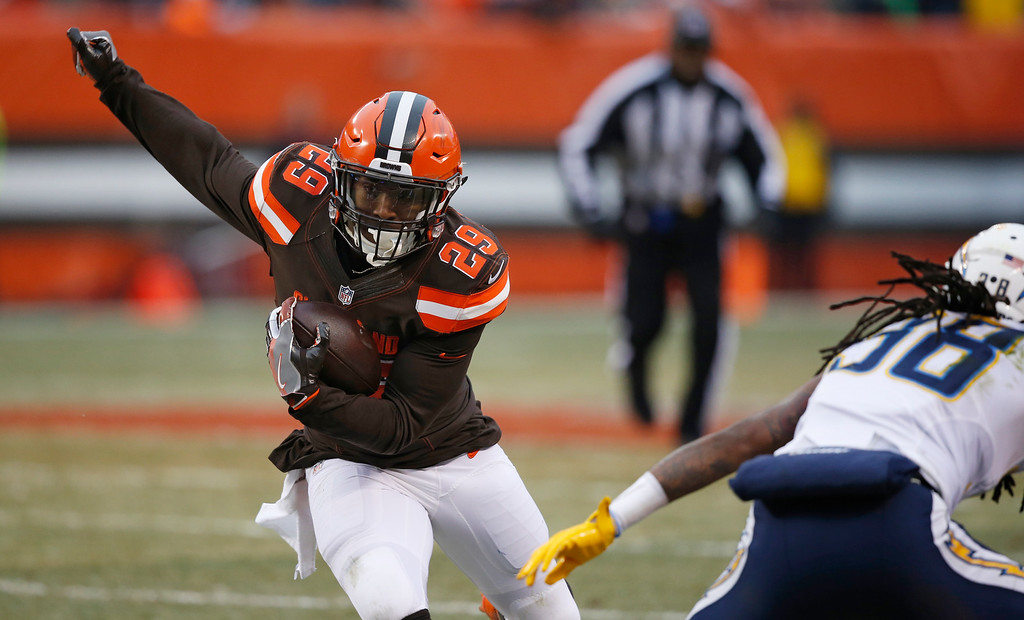 . Cleveland Browns running back Duke Johnson (29) runs against the San Diego Chargers in the second half of an NFL football game, Saturday, Dec. 24, 2016, in Cleveland. (AP Photo/Ron Schwane)