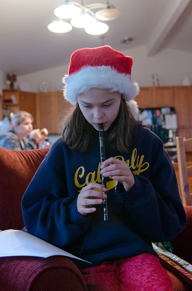 r playing her new pennywhistle.