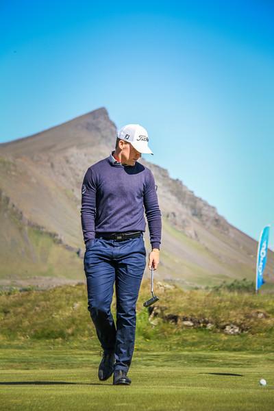 Björn Óskar Guðjónsson, GM, við 9. flöt á Garðavelli.  Mynd/seth@golf.is