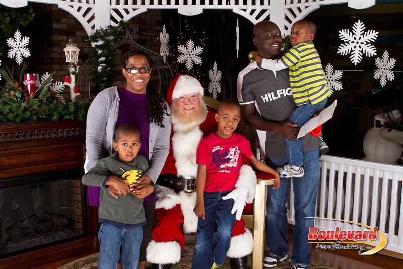 Santa Dec 8-174.jpg