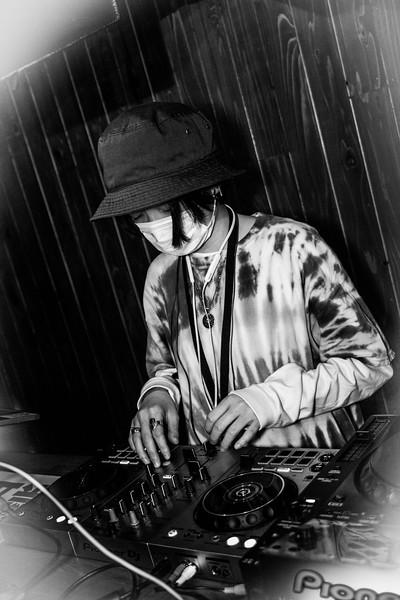 DJ ANZU EARTH