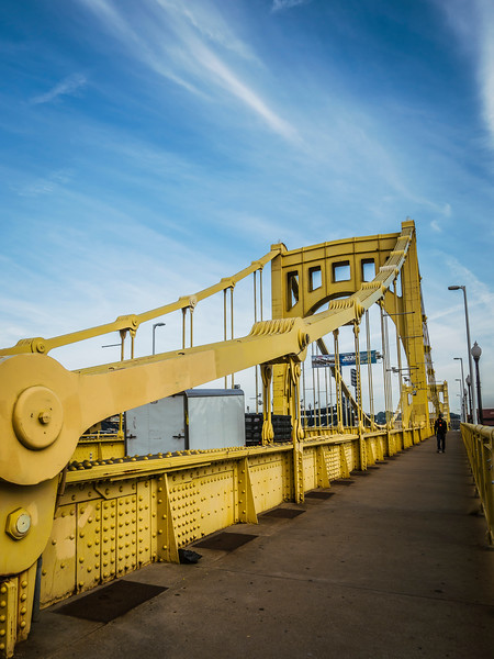 pittsburgh bridge close.jpg