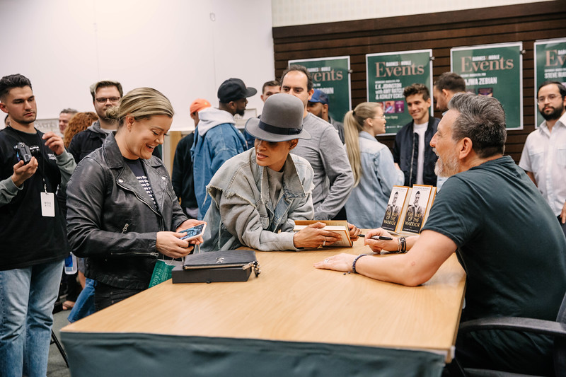 2019_2_28_TWOTW_BookSigning_SP_143.jpg