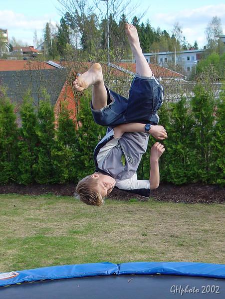 Henning trampo 8 mai 2002 001.jpg