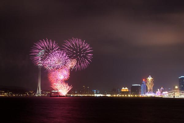 2011-09-10 Macau Fireworks (Canada)