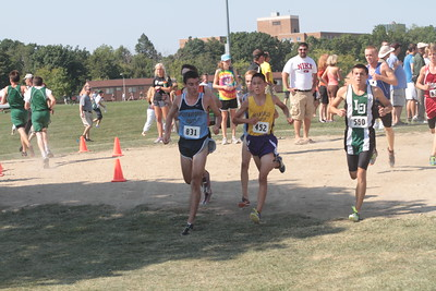 Boys Varsity 1.5 mile mark - 2012 Golden Grizzly High School Invite