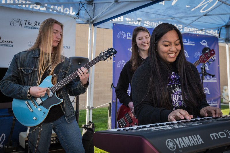 2018_02_16, CA, High, Rosemont, Rosemont High School, Sacramento, School, yamaha, audio technica, owc, students, tents and tours, bus exterior,