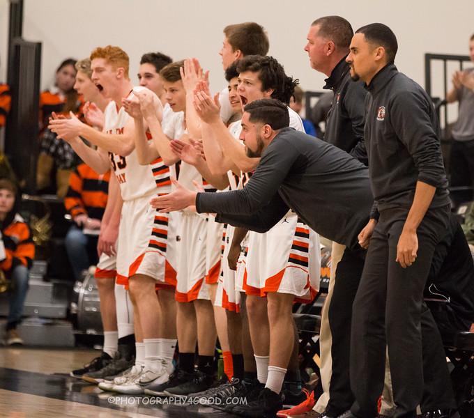 Varsity Boys 2017-8 (WM) basketball-9585.jpg