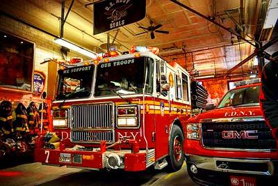 Apparatus Shoot - FDNY E-7 L-1 B-1, Manhattan, NY - 1/10/17
