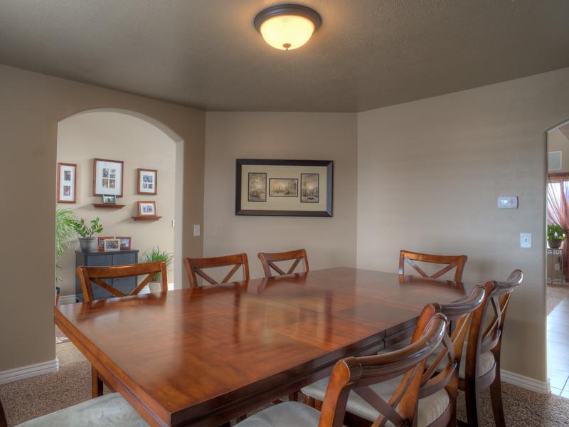 Syracuse Dining Room 150314.jpg