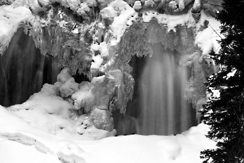Uribe Falls1 2611.jpg
