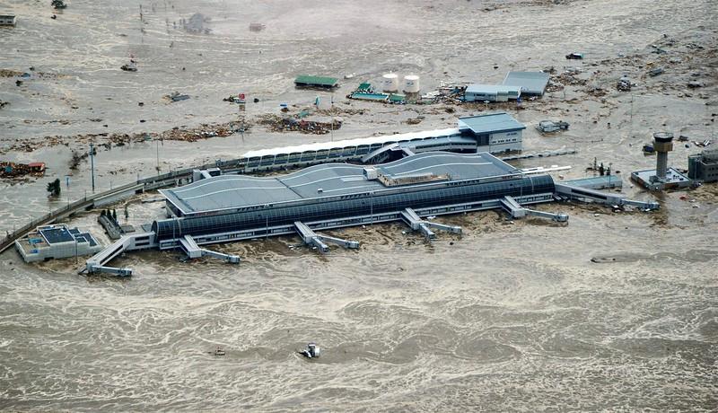 JapanEarthquake2011-172.jpg
