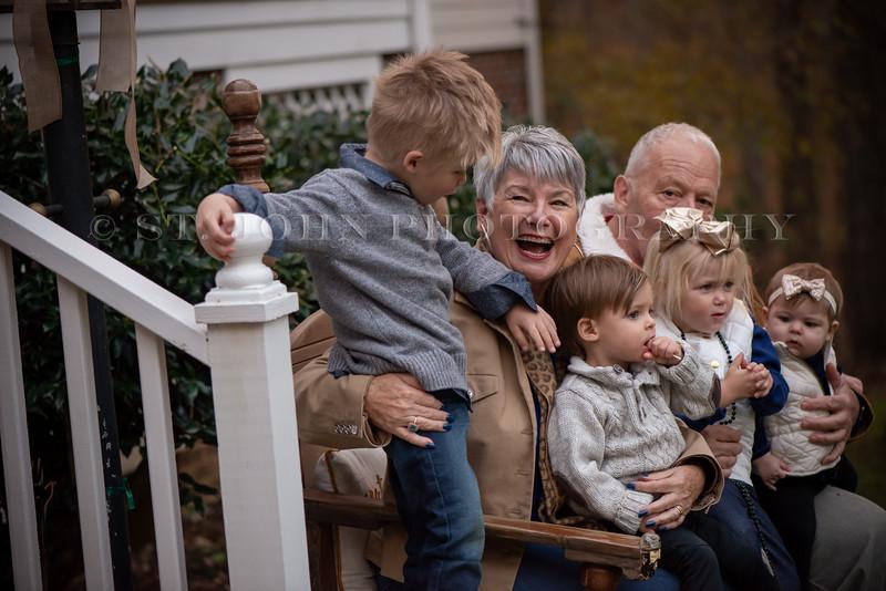 2019 November Ellis Family-281-119.jpg