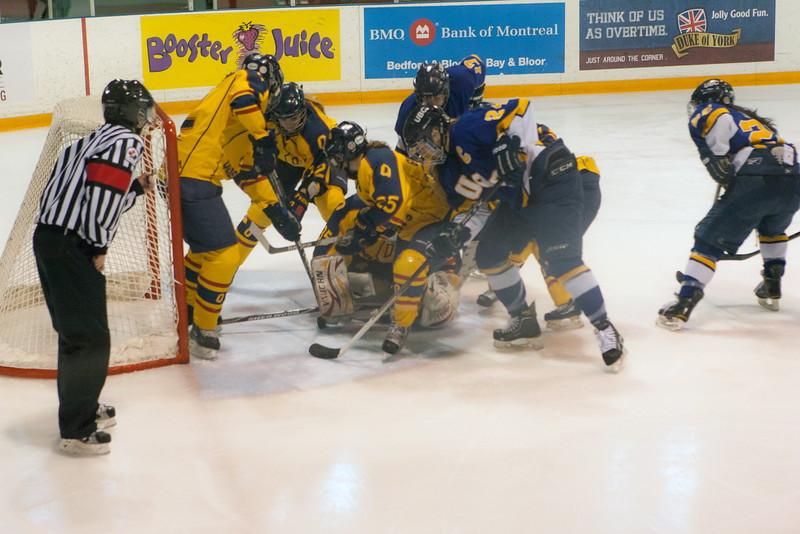 20130310 QWHockeyvsUBC 271.jpg