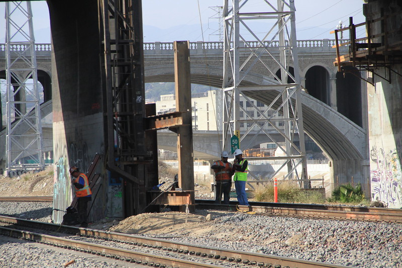 2014-05-17_NorthSpringBridge_Widening_3038.JPG