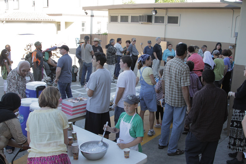 abrahamic-alliance-international-gilroy-2012-08-26_17-28-16-abrahamic-reunion-community-service-rick-coencas.jpg